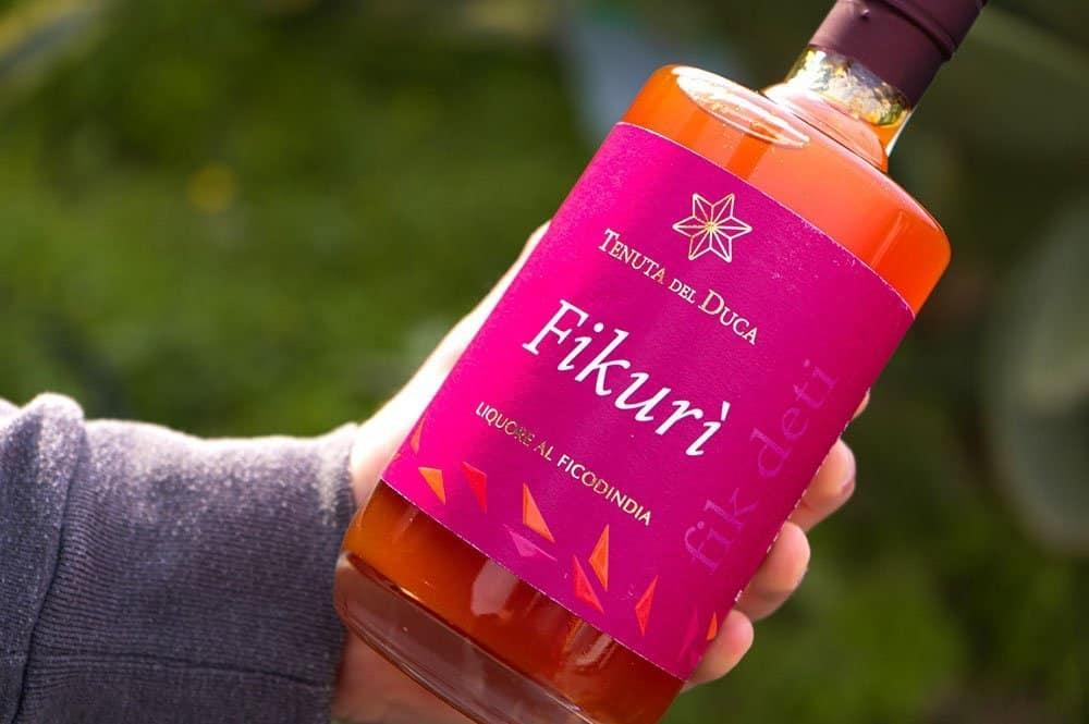 Fikurì liquore ai fichi d'india - Particolare della bottiglia - Tenuta del Duca